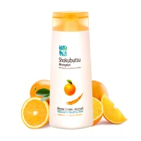 "Lion ""Shokubutsu Orange Peel Oil Shower Cream"""